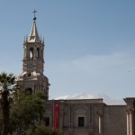 01-Arequipa-cathedrale-volcan-Chachani
